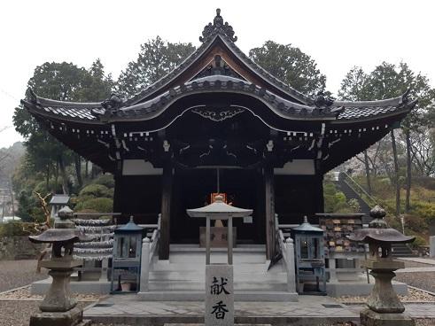 護国之寺の本堂