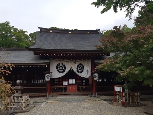 富部神社の拝殿