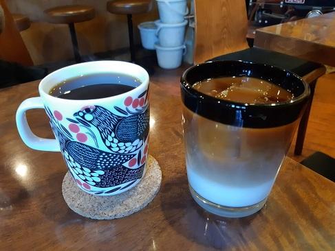 なつめコーヒーのマグカップ・カフェオレ