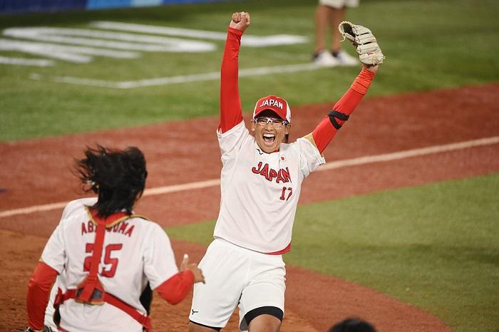 上野の389球で優勝!金メダル!